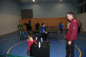 ...mit Tischtennis in allen möglichen Varianten...